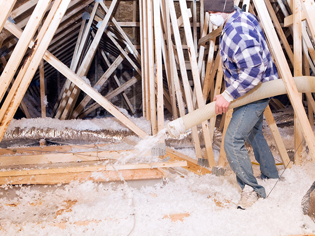 How to choose insulation insulation materials where for Blown in insulation vs batts